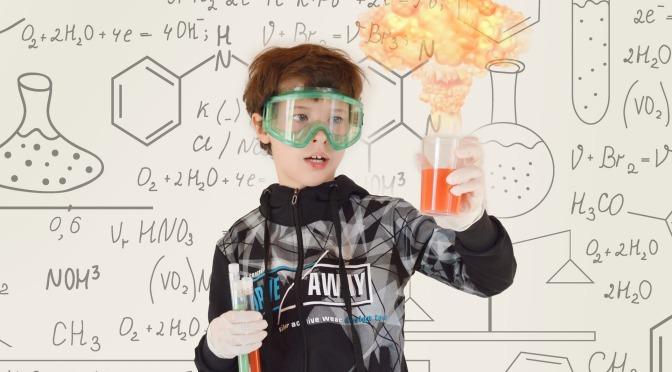 Ciencia experimental:  10 canales de you tube con experimentos que abordan temáticas de ciencia.